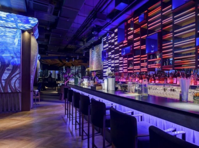 Lighting and projection setup for INSIGHT restaurant and club in Moscow City